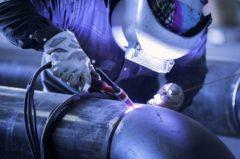 配管工や溶接工の魅力って何?